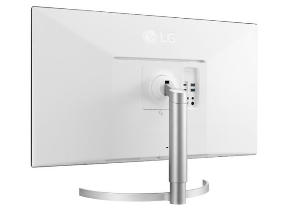LG UltraFine 32UL950